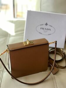 Authentic Prada!99%New!Limited edition!