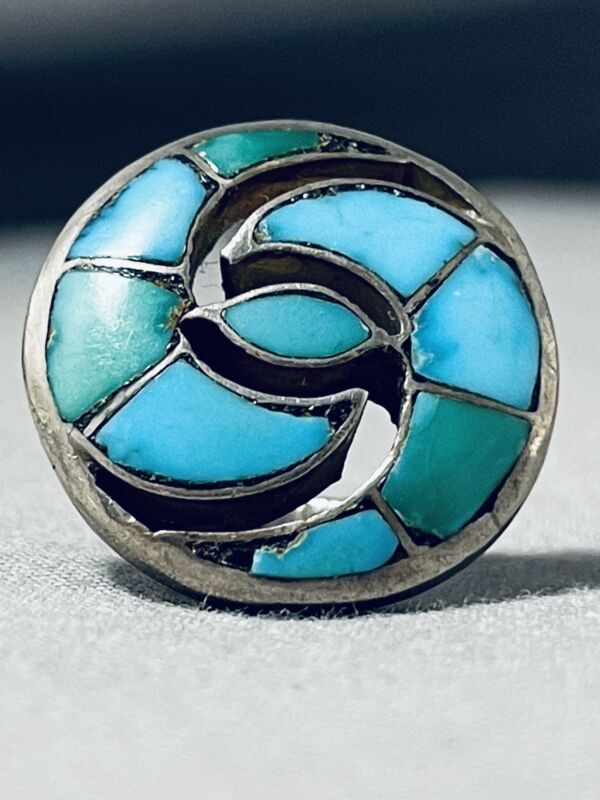 DETAILED SWIRL EARLY VINTAGE ZUNI TURQUOISE STERLING SILVER RING