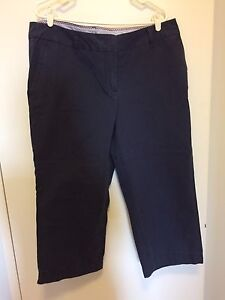 Izod Capris Navy New 16w Plus Size
