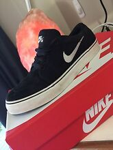 Nike SB size 6 Cleveland Redland Area Preview