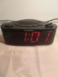 Sylvania Table Top Dual Alarm Clock AM/FM Radio 1.8 Jumbo Digits SCR1206 tested