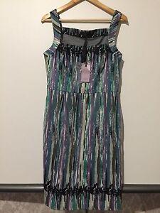FABULOUS COAST DRESS SIZE 14 NEW