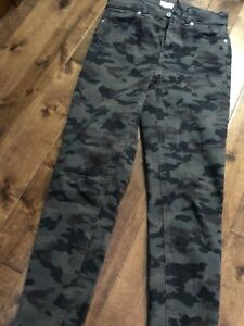 Dynamite ladies camp high waisted jeans size 26. Worn once