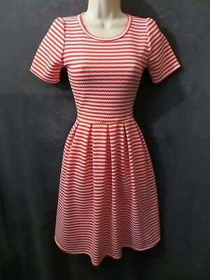 NWOT Lularoe Red White Candy Cane Striped Textured Stretch Skater Swing Dress - Candy Cane Dresses