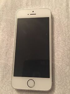 Perfect condition 16GB iPhone 5s - white