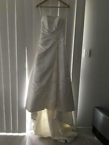 Size 8 Barbara Calabro wedding dress Aberglasslyn Maitland Area Preview