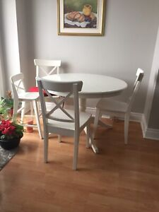 5 chair and extension table set