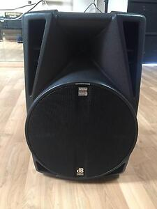 Db Opera 405d Powered Professional PA Speaker - Semi Working Butler Wanneroo Area Preview
