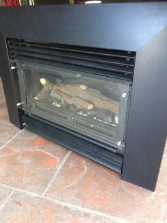 Real flame gas log heater Noble Park North Greater Dandenong Preview