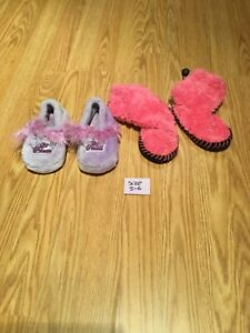 Girl's slippers Size 5-6