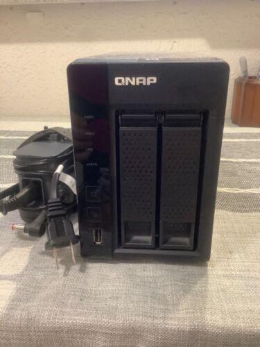 QNAP TS-269L Network Attached Storage