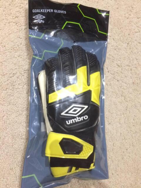 045a862613d9 GoalKeeper Gloves (Umbro Neo Precision Gloves DPS -Junior) Size 6 ...