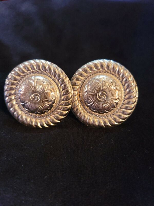 Montana silver saddle screw in Conchos 2pc 1 1/2 in dia. 1 pair new