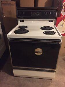 Crosley  four range stove