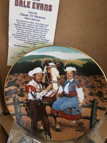 1991  Hamilton Roy Rogers Dale Evans Signed Art-lover Plate  Very Nice