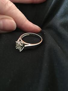 18ct white gold engagement ring 1/2 carat diamonds Singleton Singleton Area Preview