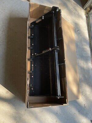 John Deere 40 Inch Garden Tractor Shovel Bucket Loader Lp63767 With Teeth