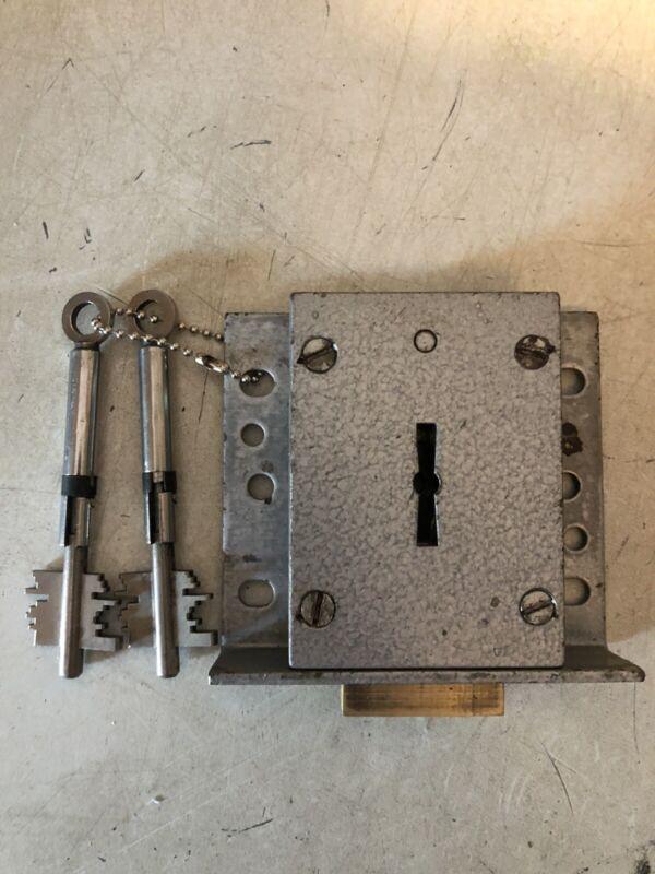 Chatwood Milner 6k114 Lock + 2 X Detachable Key + 2 Carrying Stems
