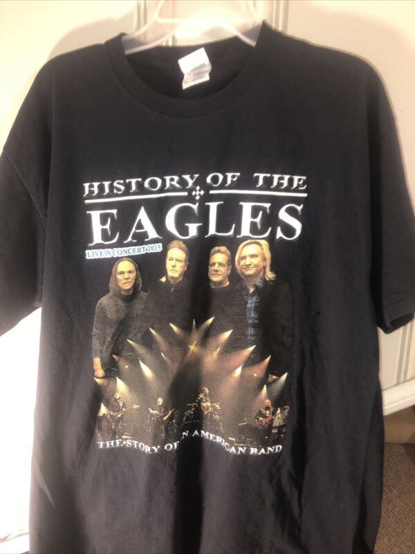 The Eagles History Of The Eagles Live in Concert 2015 Tour T-Shirt Size XL.
