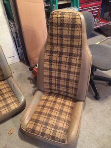 BUCKET SEATS (70s)