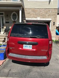 I am selling my  dodge caravan
