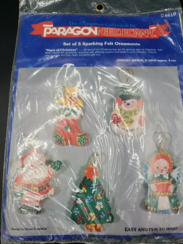 Vintage Paragon Needlecraft Christmas Set of 5 Sparkling Felt Ornaments NEW