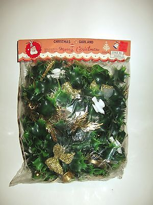 VINTAGE CHRISTMAS HOLLY GARLAND W/GLITTER BOWS DOVES INSTRUMENTS SEALED NIP ()
