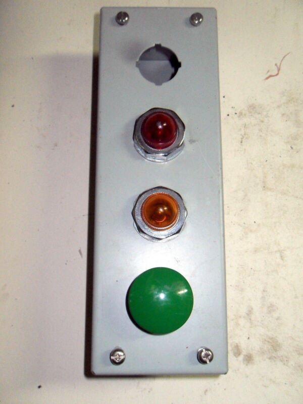 (q2-2) 1 Hammond 1435d Enclosure W/ Ab 800t-xa & (2) Square D 9001-km1