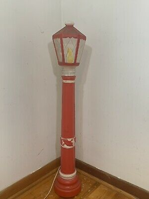 1968 Empire Blow Mold Lamp Post Light Candle Holly Christmas Yard Decor 40""
