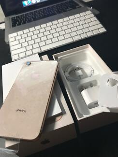 iPhone 8 64gb NEW with receipt