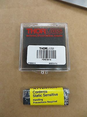 Thorlabs Fds1010 Si Photodiode 65 Ns Rise Time 350-1100nm 10mm X 10mm Active