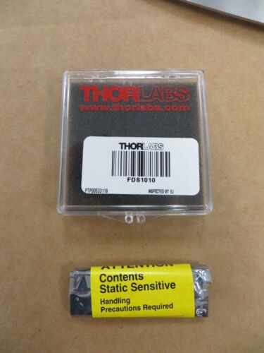 Thorlabs FDS1010 Si Photodiode, 65 ns Rise Time, 350-1100nm, 10mm x 10mm Active