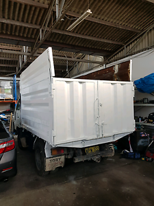 Daihatsu Delta 2000 model Tipper Hurstville Hurstville Area Preview