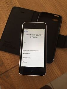 iphone 5c white Aldinga Beach Morphett Vale Area Preview