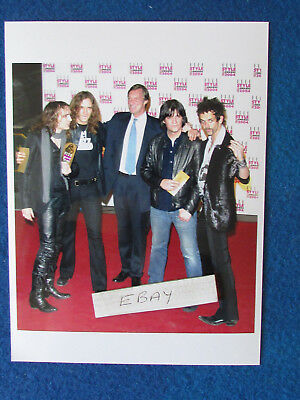 """Original Press Photo - 8""""x6"""" - The Darkness - 2004 - with Lord Brocket"""