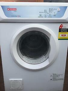 Washing machine and dryer Geelong Geelong City Preview