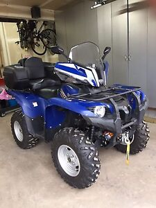 Excellent Condition Grizzly 550 Lady Driven