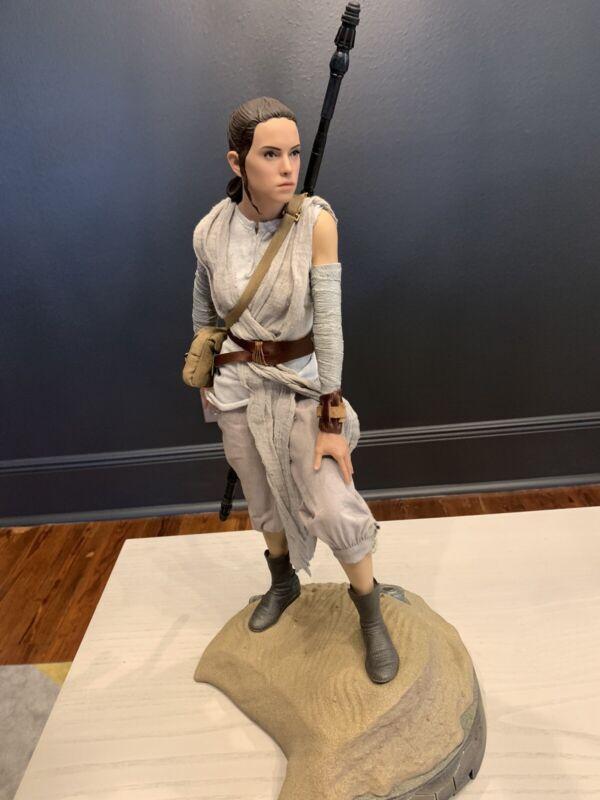 Sideshow Star Wars Rey Premium Format Statue Force Awakens 100/1250