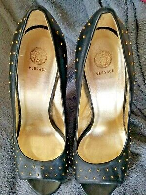 Versace Cuoio black gold stud leather high heel size 39 designer Italy sexy work