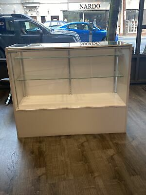 48 Extra Vision Showcase Display Case Store Fixture