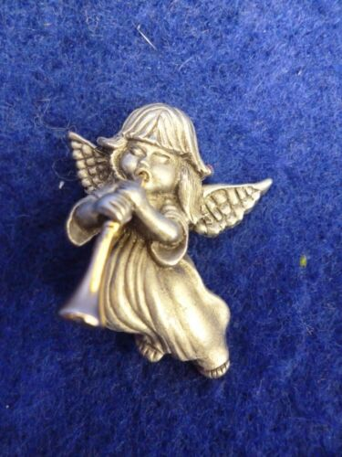 """PEWTER  ANGEL PLAYING TRUMPET HORN PIN BROOCH 1 1/4"""" X 1"""""""
