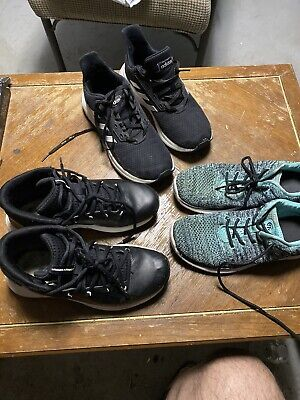 Kids Shoes Lot Of 3 Size 5 Under Armour .... See Pictures Please 2 Lot Av