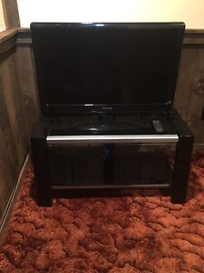 "32"" Phillips TV and Stand"