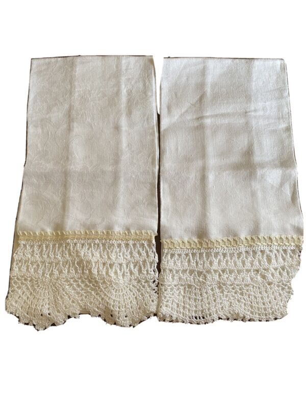 Vintage Linen Hand Crocheted Edged Guest Towel, Dresser Scarf, White, Set of 2