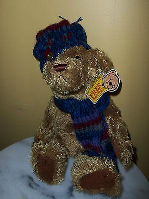 BRASS BUTTON BEAR  Pickford Ltd. ~Thomas the Bear of Wealth ~ Blue Knit Hat