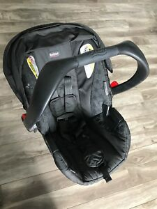 Britax Car Seat and adjustable base