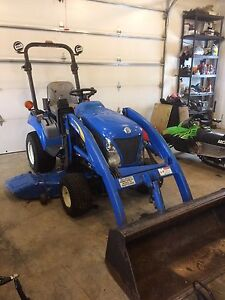 NewHolland 1030 Boomer