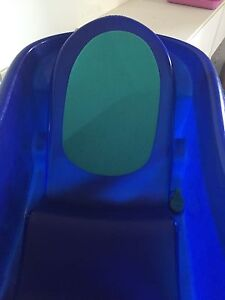 Infant toddler bath tub- great condition