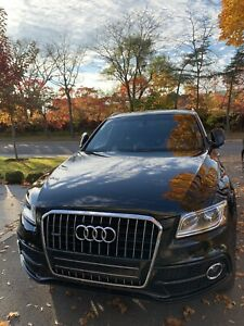 Audi Q5 TFSI Progressiv with Panoramic Sunroof ***REDUCED***