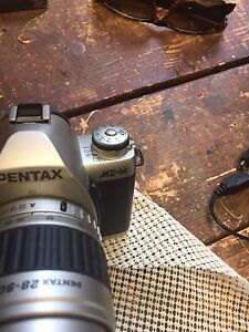 Pentax MZ-M with zoom